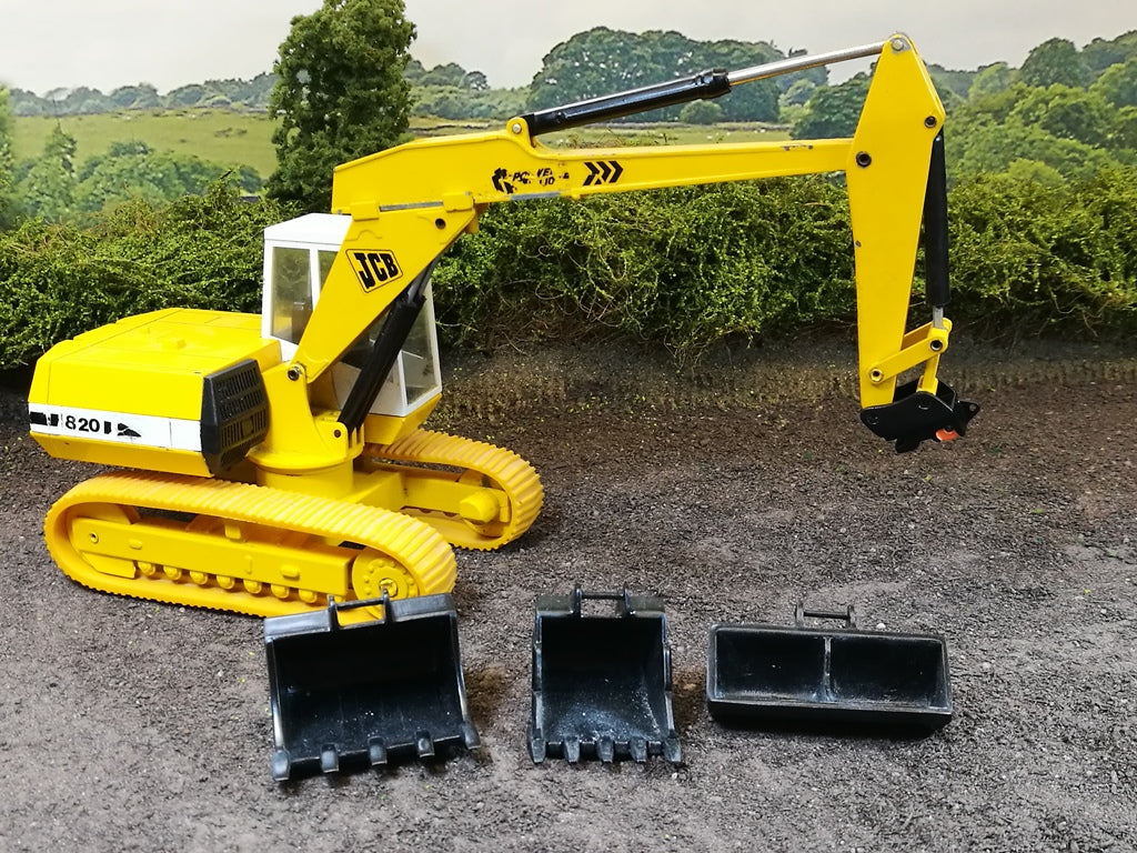 New Information page, 'which hitch will fit my excavator'