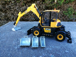 Cimodels JCB Hydradig Britains farm toys bucket set and hitch