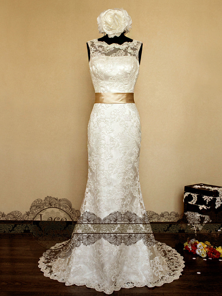 Gorgeous Vintage Style Lace Wedding Dress