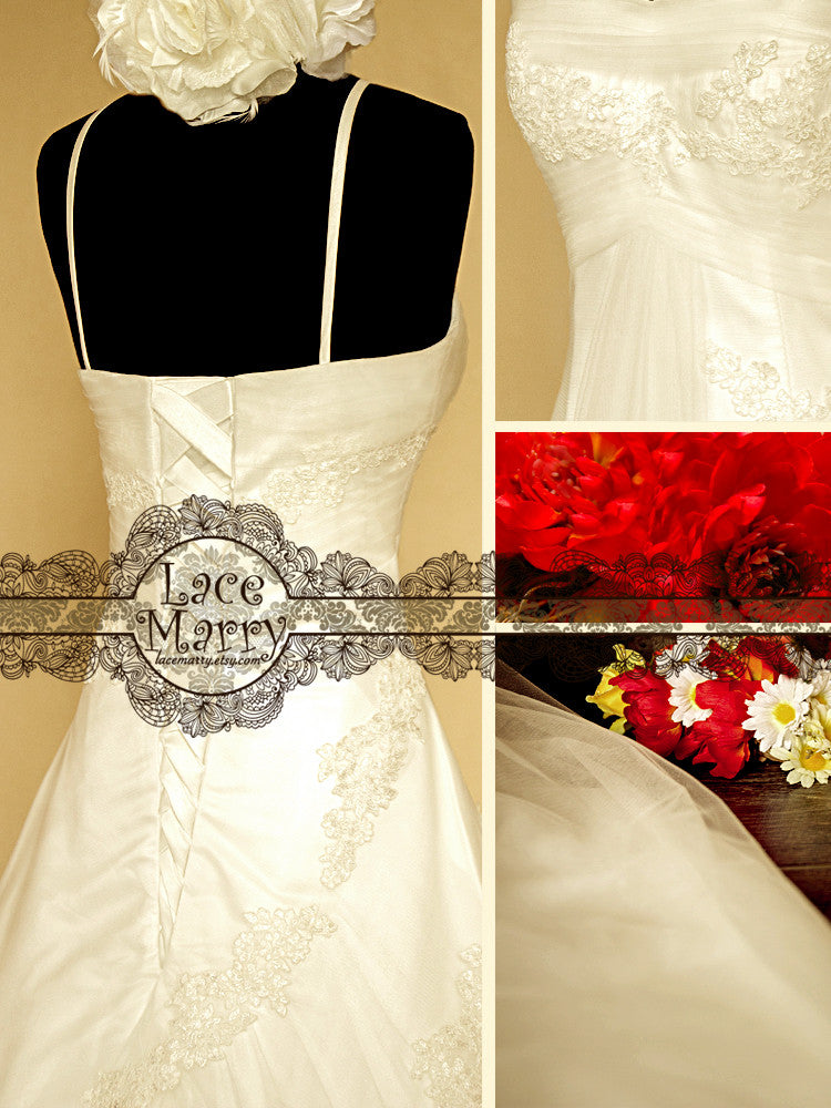 Sensitive A-line Empire Waist Style Wedding Gown with Gorgeous Chapel Train and Detachable Spaghetti Straps