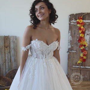 Gorgeous Strapless Wedding Dress with Off Shoulder Straps