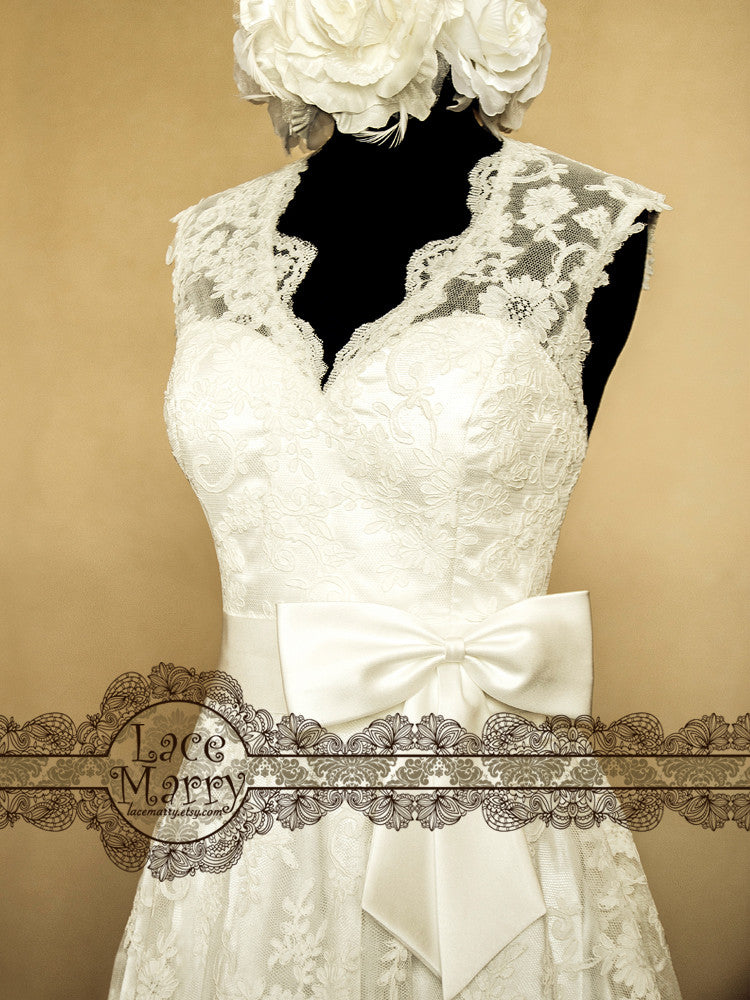 Illusion Style V-Neckline Knee Length Lace Wedding Dress