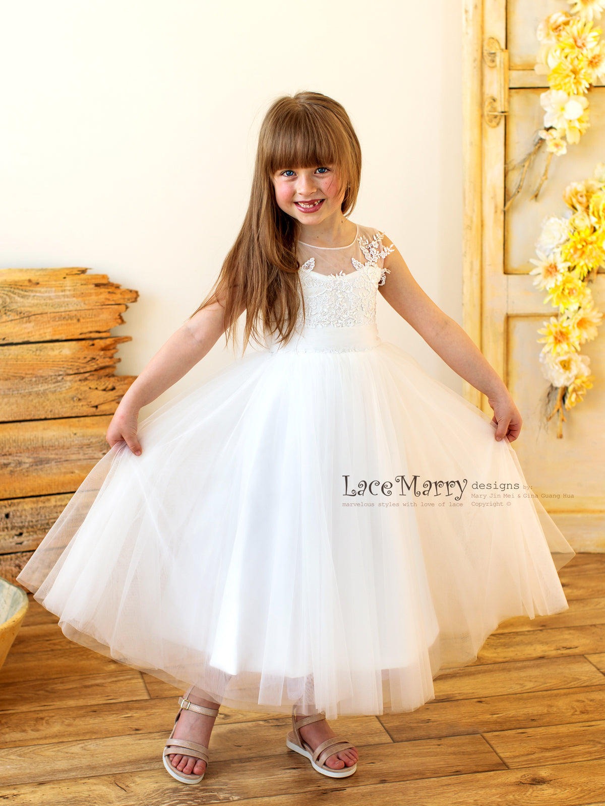 Charming Small Princess Dress with Lace and Tulle