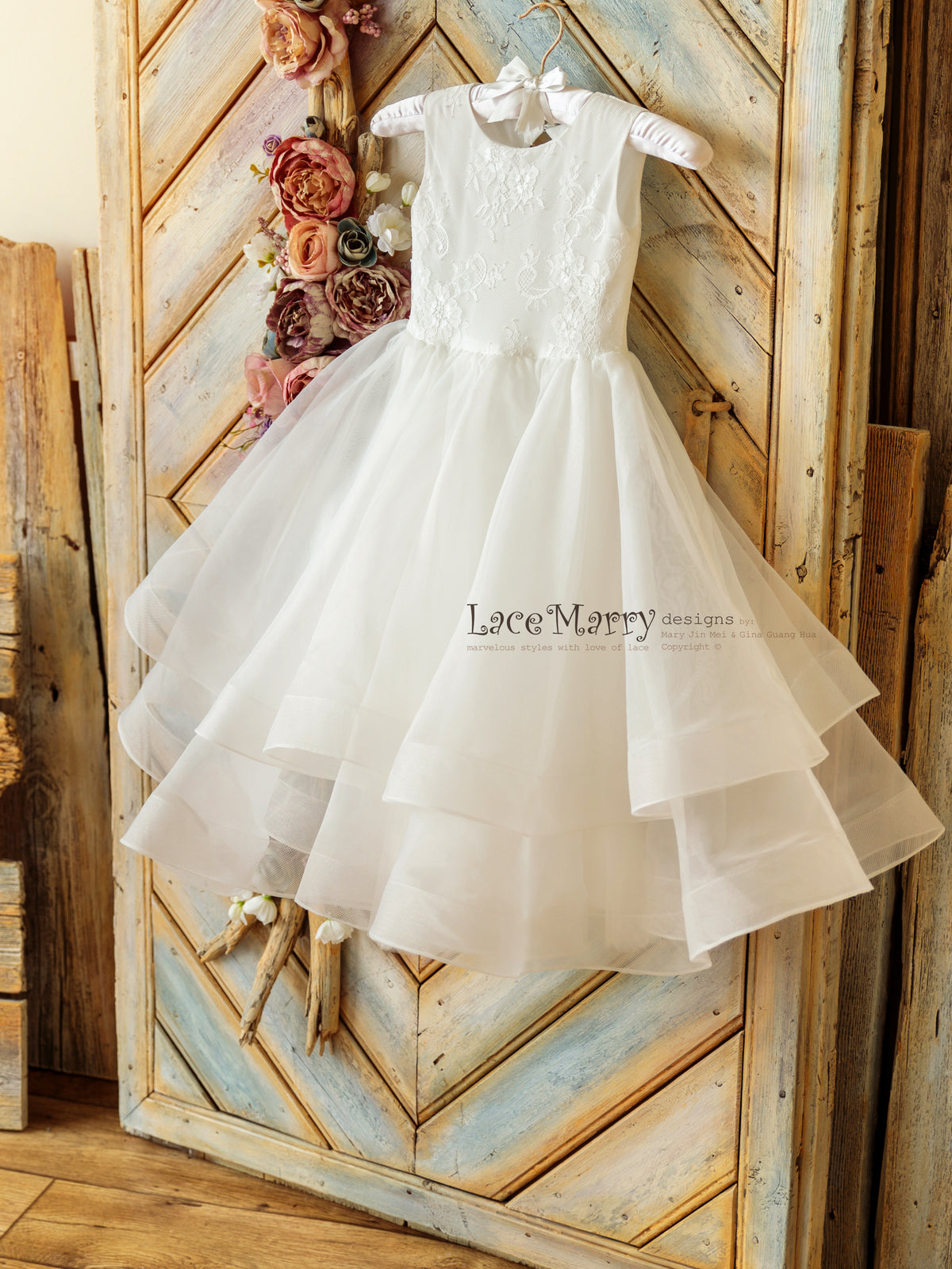 Gorgeous Organza Flower Girl Dress