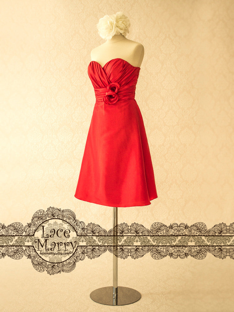 Red Bridesmaid Dress in Sweetheart Shape Neckline and Short Length