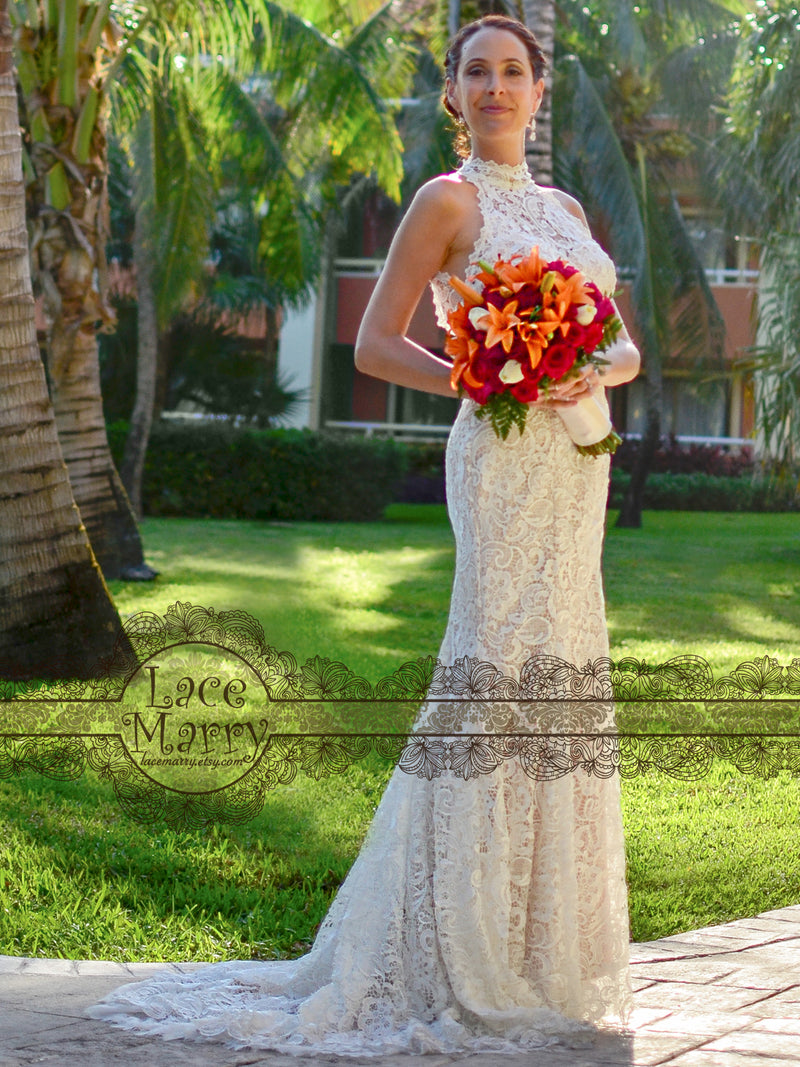 Halter Collar Neckline Lace Wedding Dress
