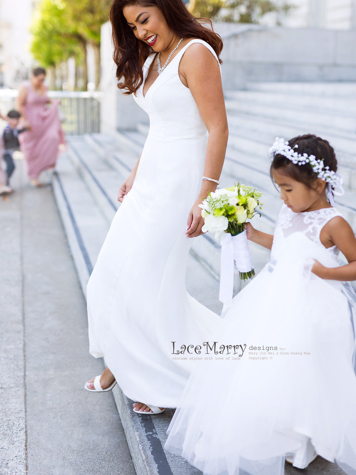 Simple Wedding Dress in Fitted Shape