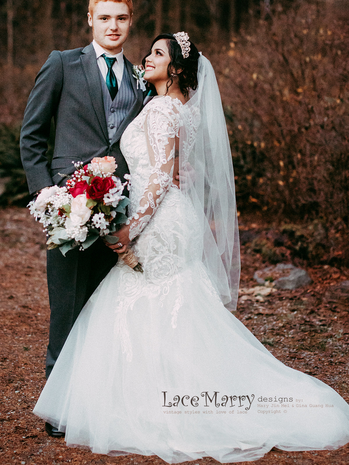 Mermaid Style Lace Wedding Dress