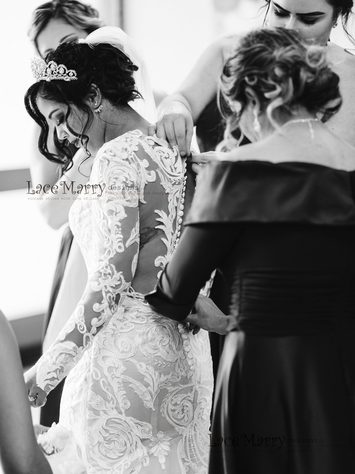 Gorgeous Lace Wedding Dress with Buttons on the Back