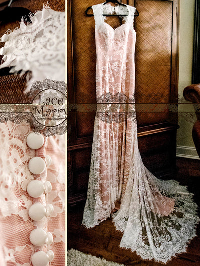 Scalloped Chantilly Lace Wedding Dress