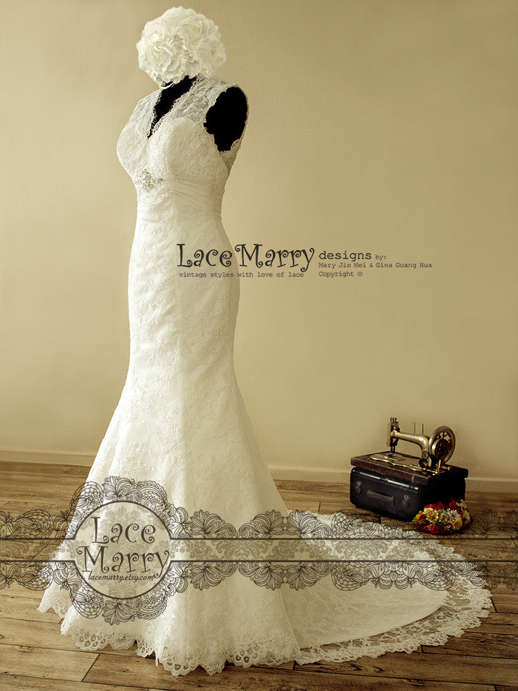 Trumpet Style Lace Wedding Dress with Lace Train