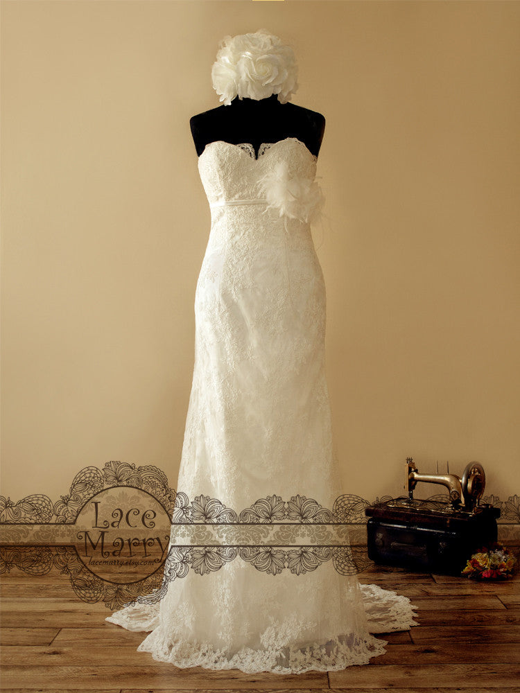 Strapless Lace Wedding Dress in Slim A Line Shape