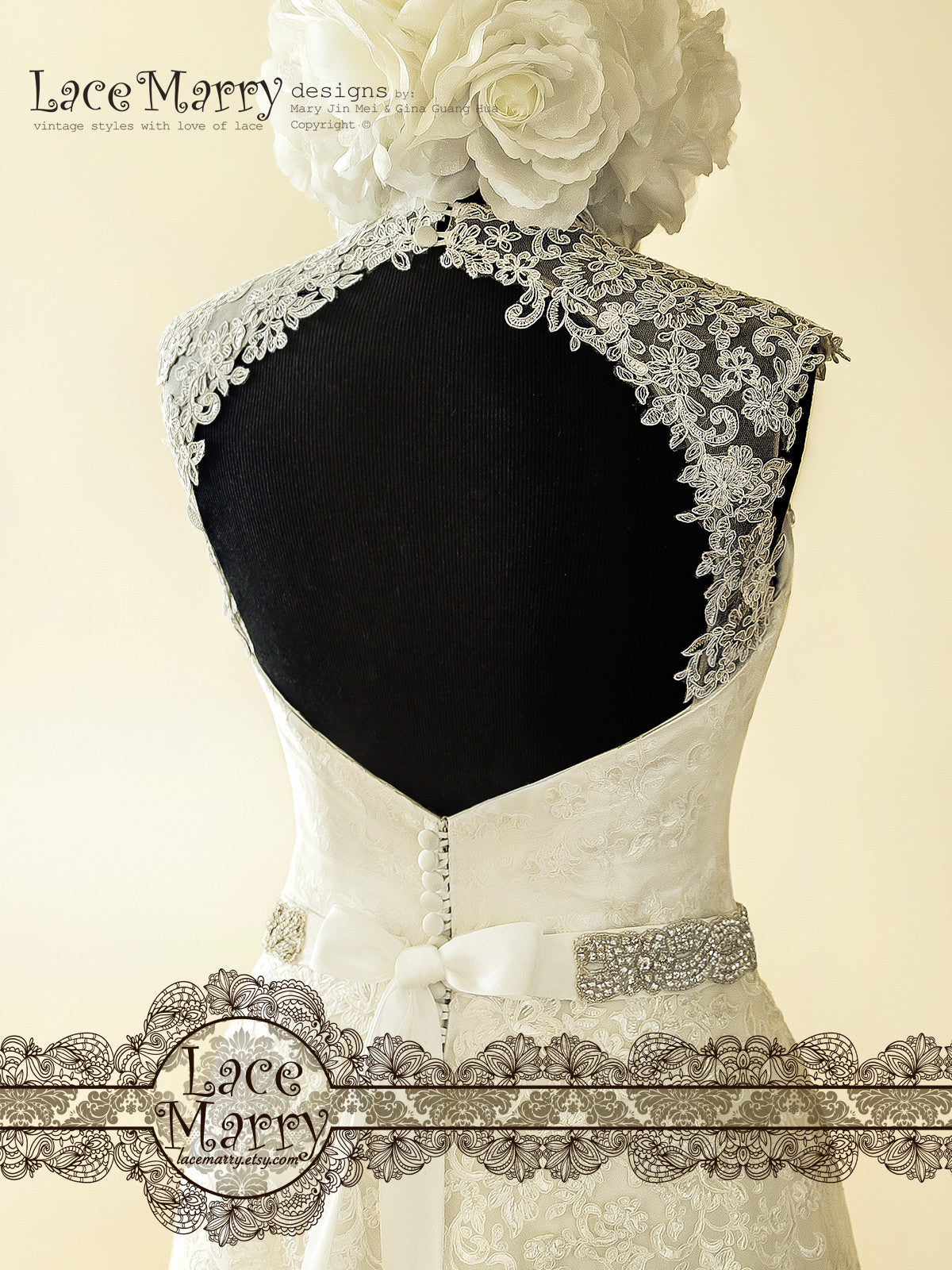 Open Keyhole Back Wedding Dress
