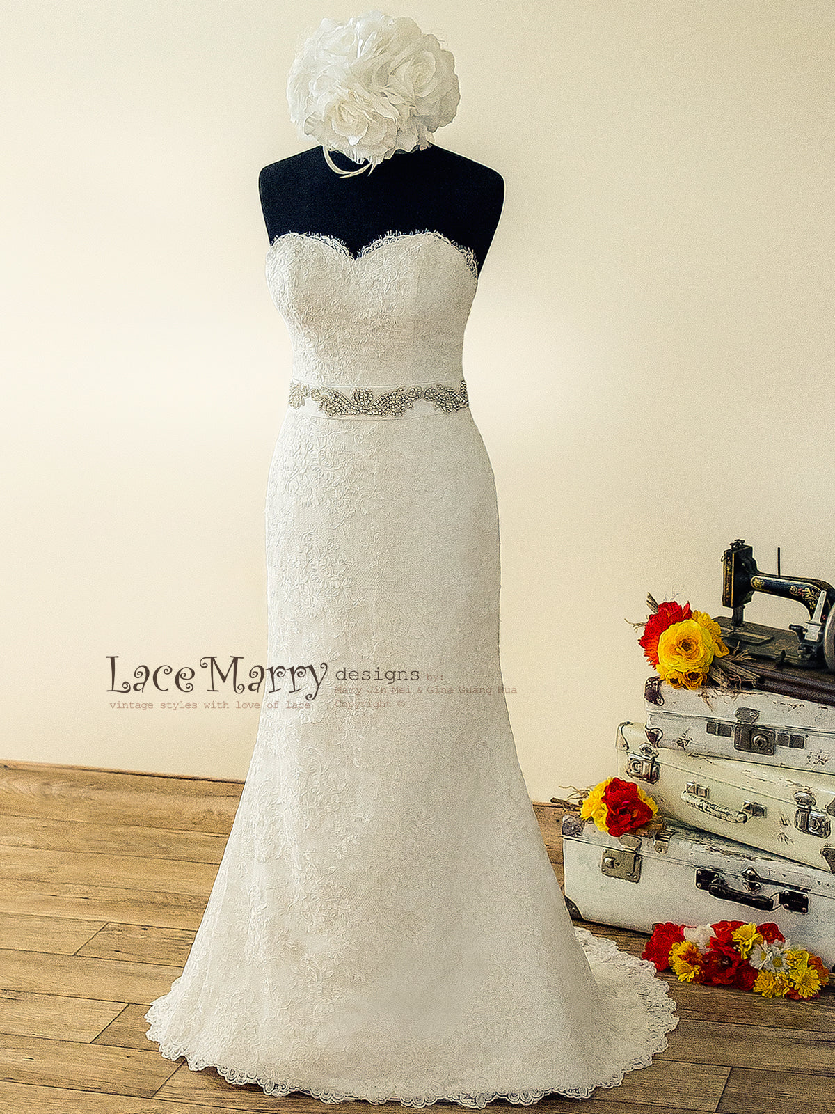 Strapless Lace Wedding Dress in Slim A Line Silhouette