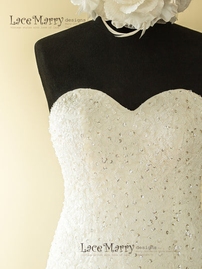 Sweetheart Neckline Lace Wedding Dress