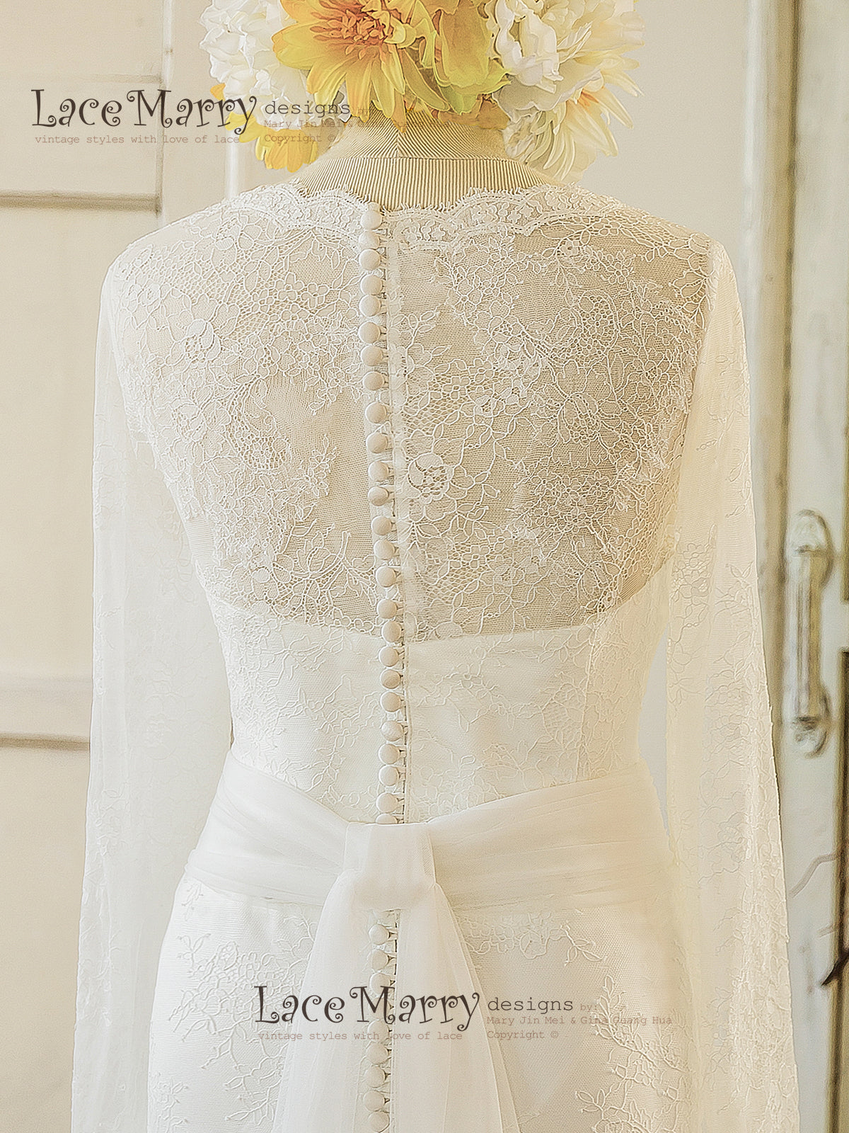 Long Sleeve Wedding Dress with Buttons on the Back