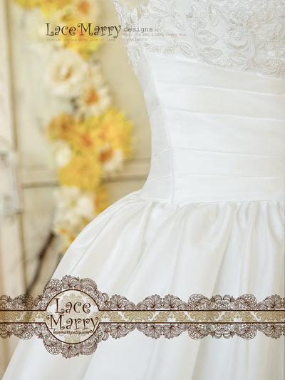 Knee Length Ample Skirt Lace Wedding Dress