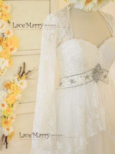 Sweetheart Neckline with Lace Straps Wedding Dress