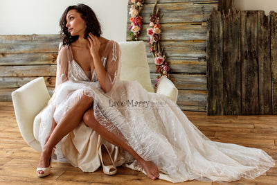 Sexy Wedding Dress with Trendy Lace