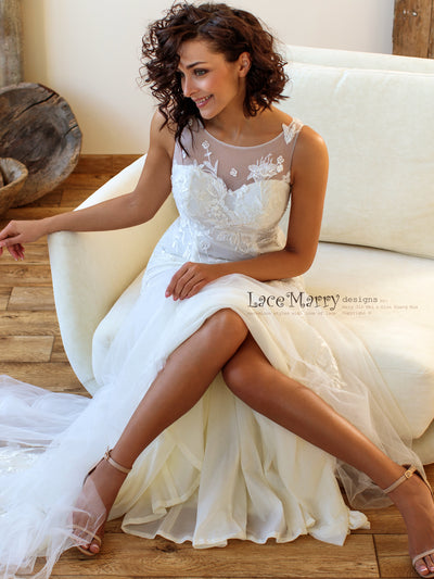 Elegant Fitted Wedding Dress Perfect for Beach Wedding