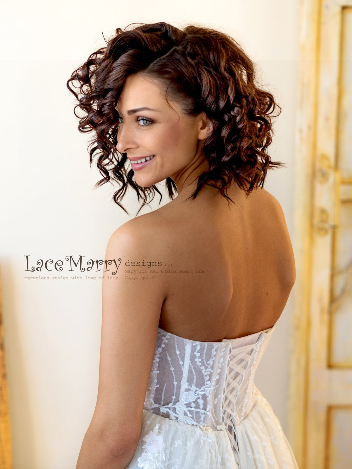 Sparkling Lace Wedding Dress with Lace up  Back