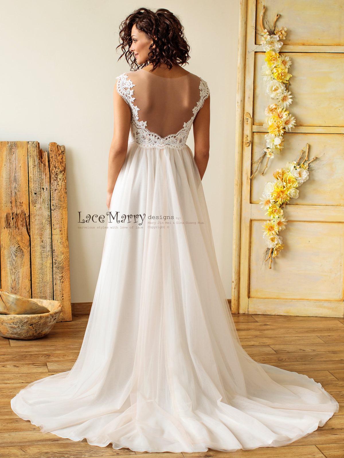 Illusion Tulle Back Bohemian Style Wedding Dress