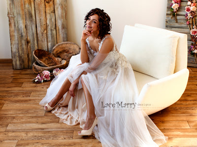 Bohemian Wedding Dress with Tulle Skirt