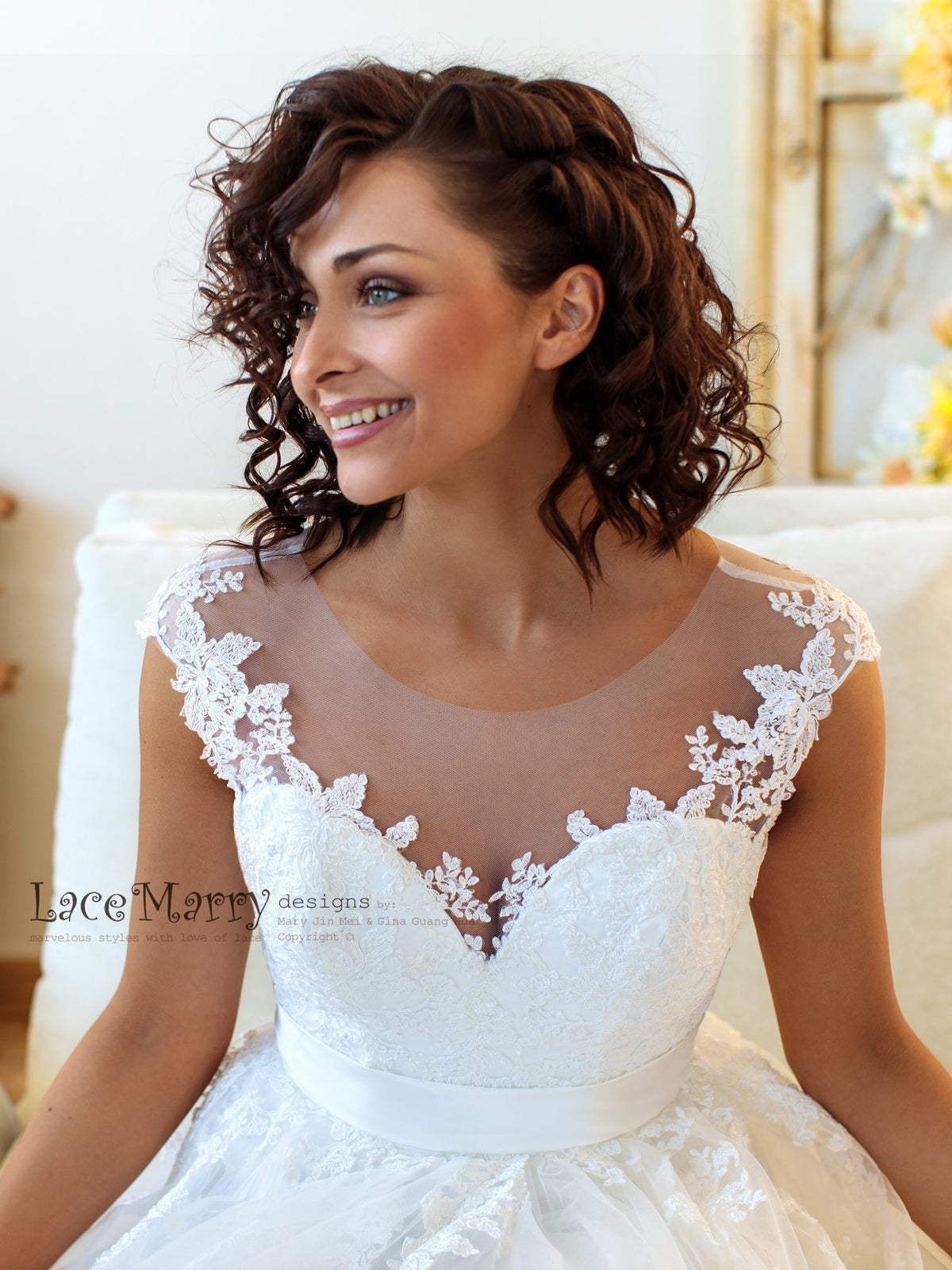 Charming Illusion Sweetheart Neckline Wedding Dress