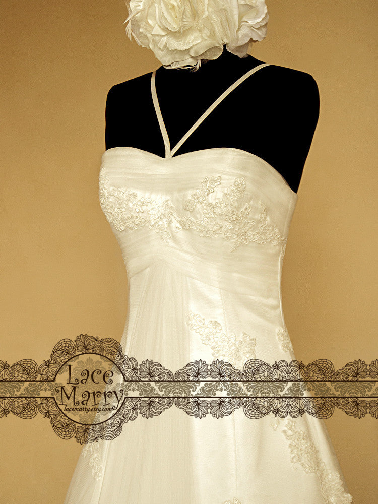 Slight Sweetheart Wedding Dress with Cross Straps