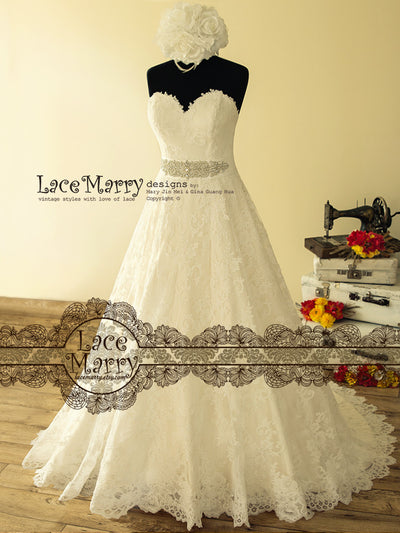 Gorgeous Strapless A Line Lace Wedding Dress