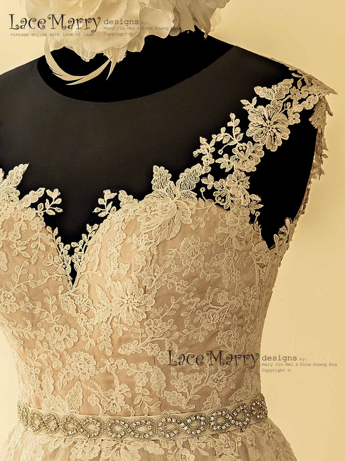 Flower Pattern Lace Stiched on Wedding Dress