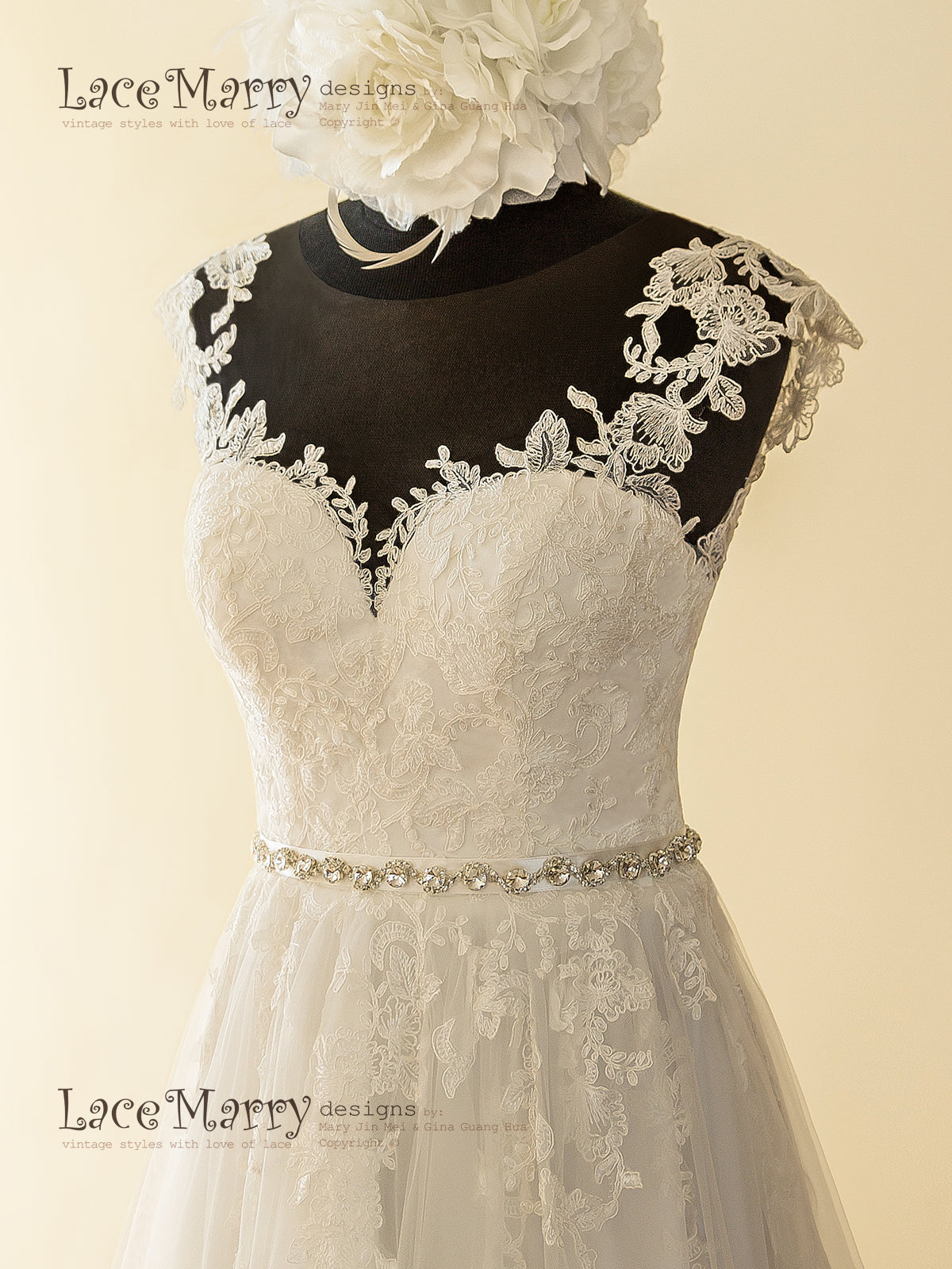 Illusion Tulle Neckline Lace Wedding Dress