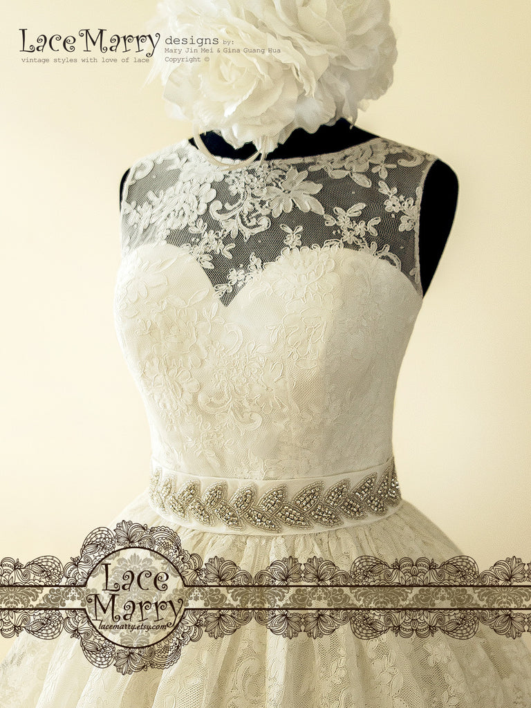 Pin Up Lace Wedding Dress Inspired By 50s With Puffy A Line Skirt