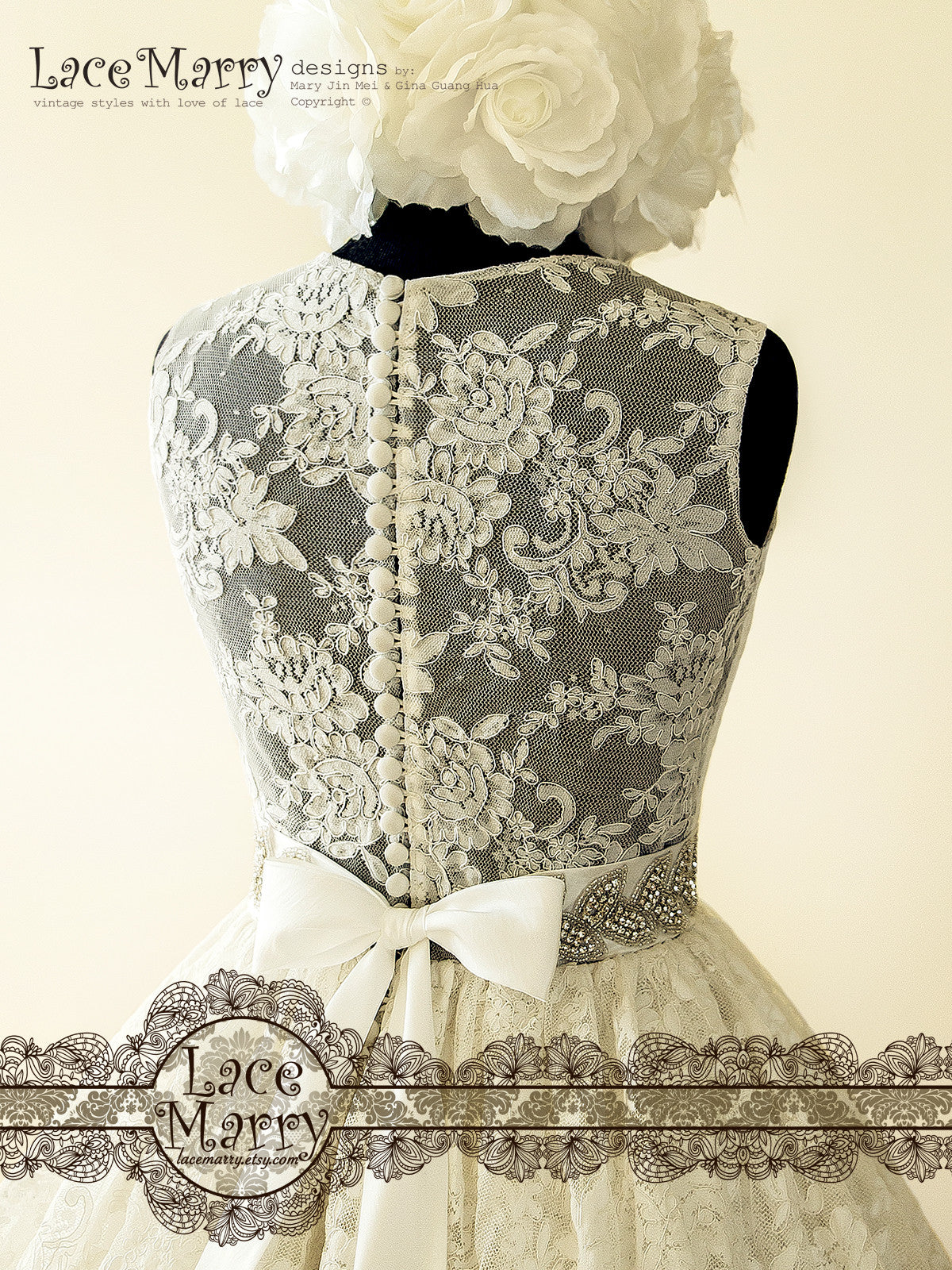 Pin-Up Lace Wedding Dress Inspired by 50\'s with Puffy A Line Skirt ...