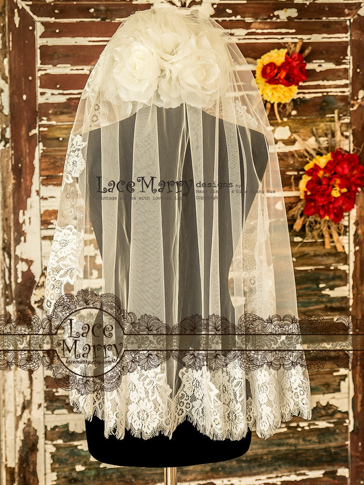 Elbow Length Lace Veil