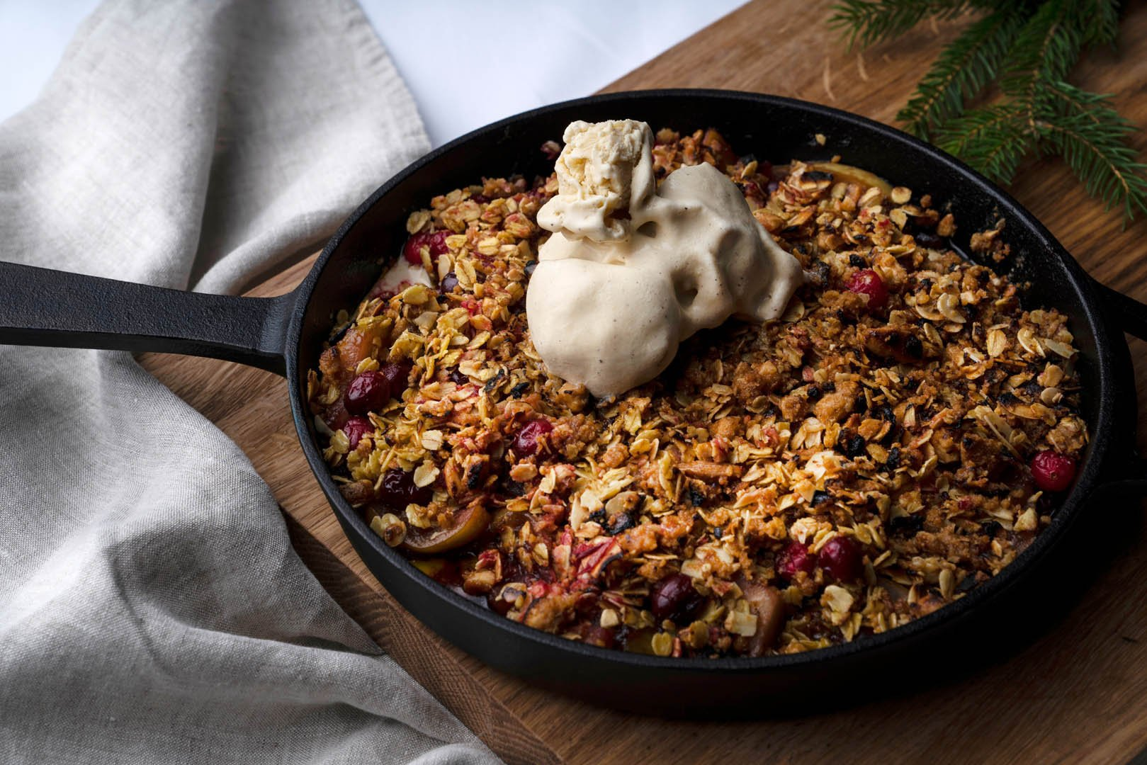 Apple & Cranberry Crumble Featured Image