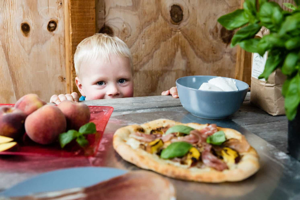 5 things to do with the kids at home if you have a pizza oven