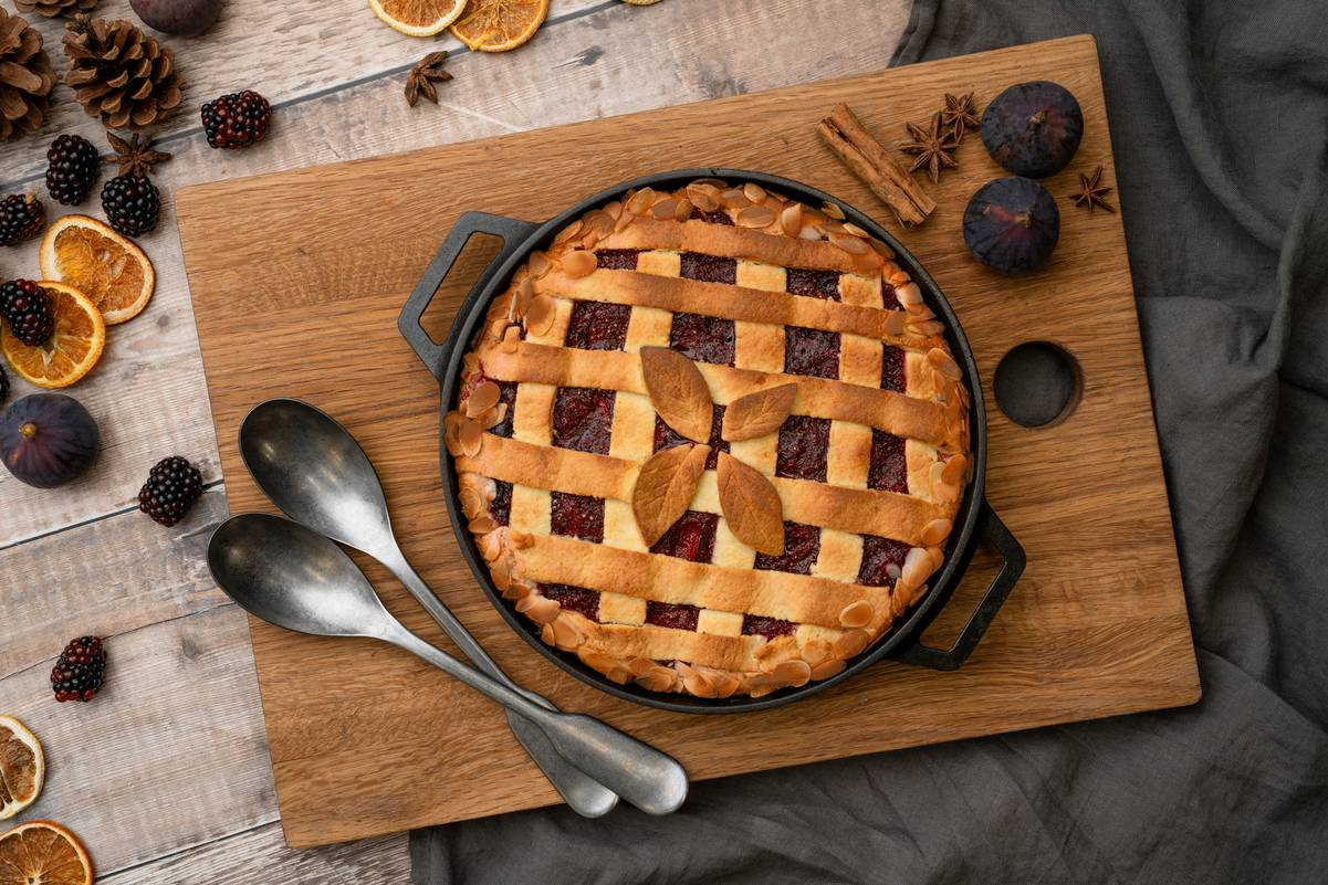 Fig, Blackberry, and Almond Crostata Featured Image