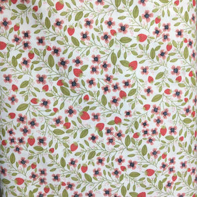 Daisy Mae: Berry Blossoms in White by Poppie Cotton PRICE PER 1/4 YARD FABRIC