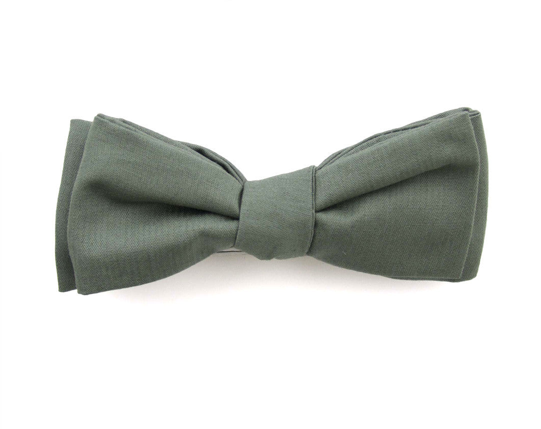"Comme Les Loups ""Moss"" Bow Tie"