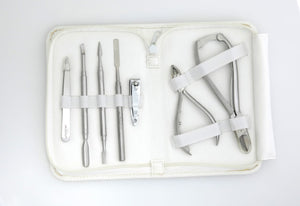 Akzentz 7 Piece Manicure & Pedicure Implement Kit