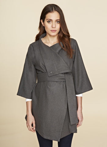 "Veste ""The belted wrap jacket"", by Isabella Oliver"