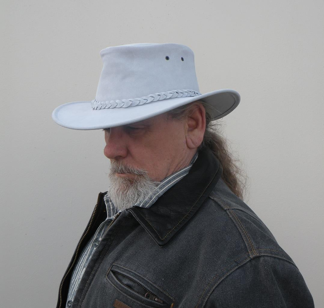 Colonial Hat In Pale Blue Suede