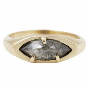 diamond-signet-ring