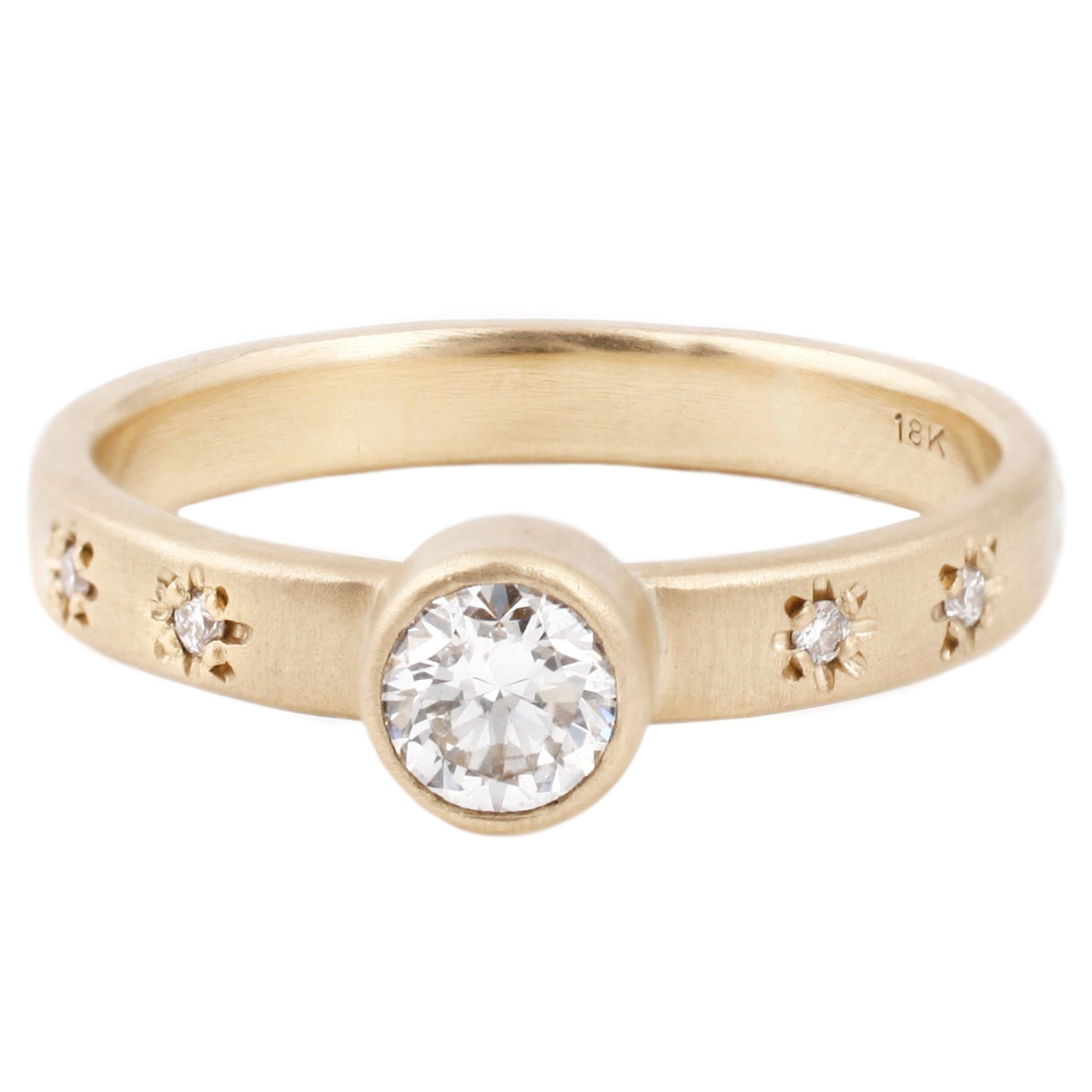 Sarah Swell Starry Sky Diamond Solitaire set in gold