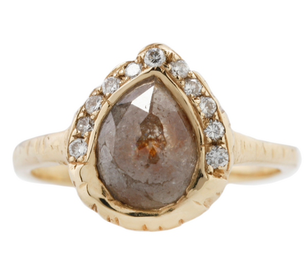 Queen Pear Diamond Ring
