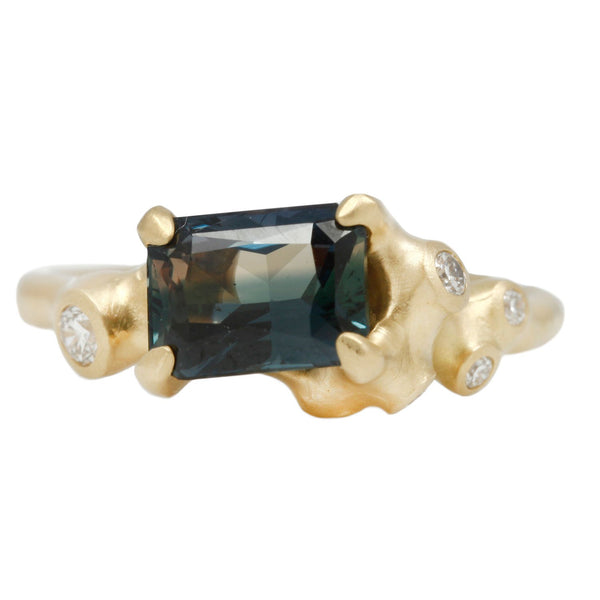 Johnny Ninos Blue Sapphire Cluster Ring