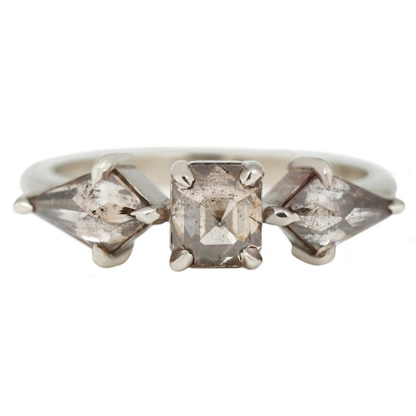 Gray Kites Three Diamond Ring