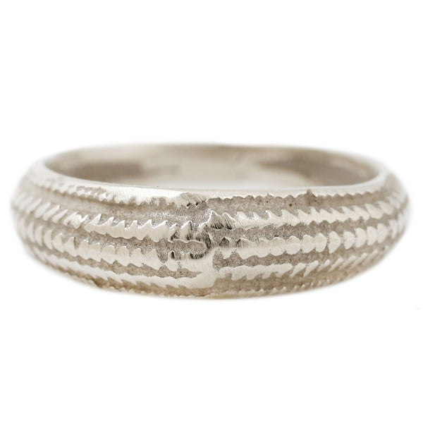 White Gold Seashell Ring