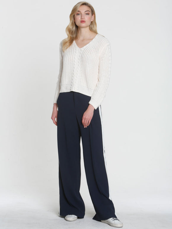 LABEL+thread White Cropped Cable Knit Vee Sweater